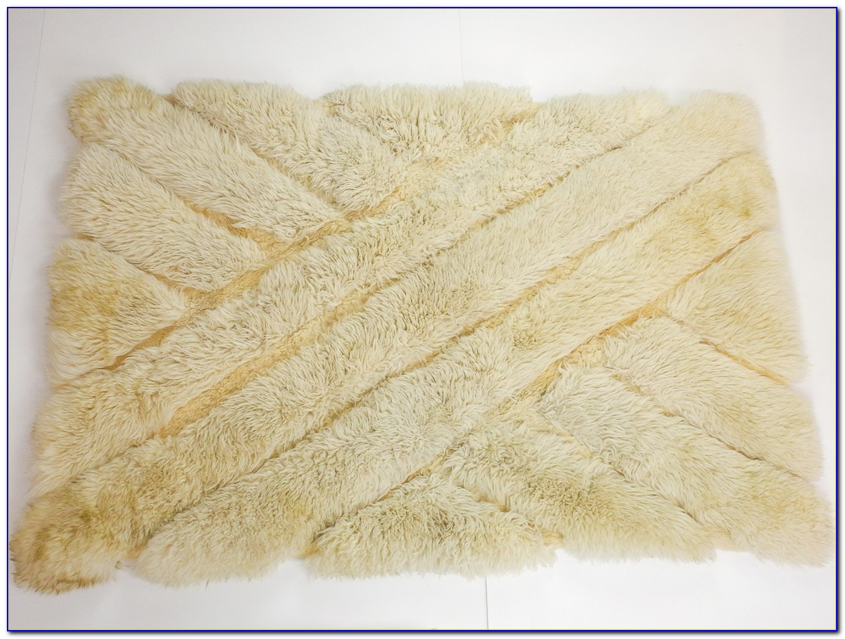 White Soft Fluffy Area Rug