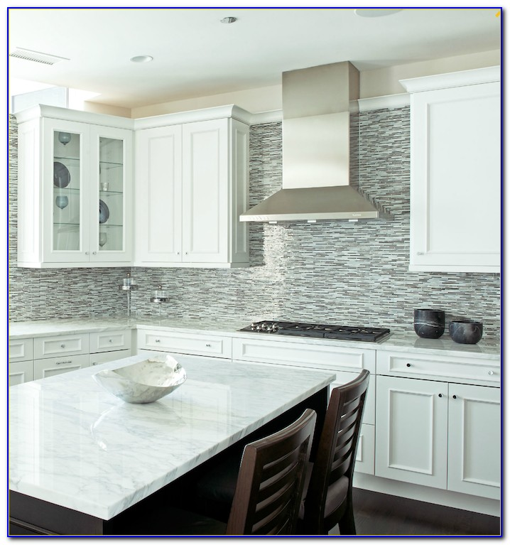 Black White Mosaic Tile Backsplash