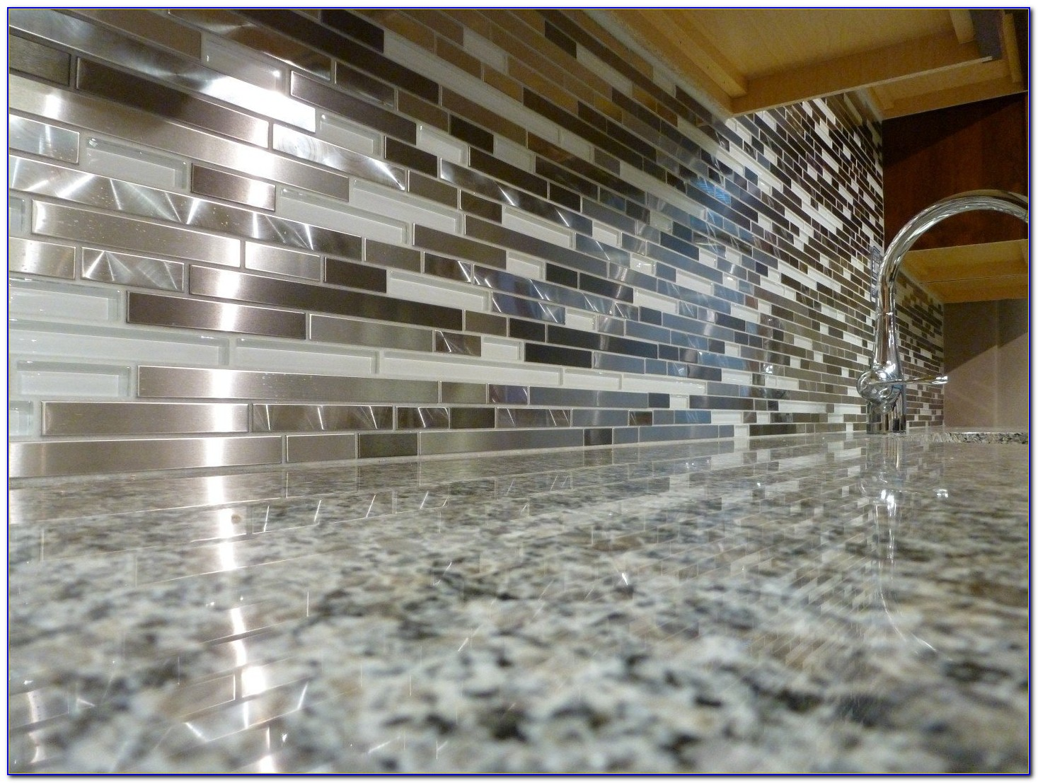 Glass Mosaic Tile Backsplash Canada