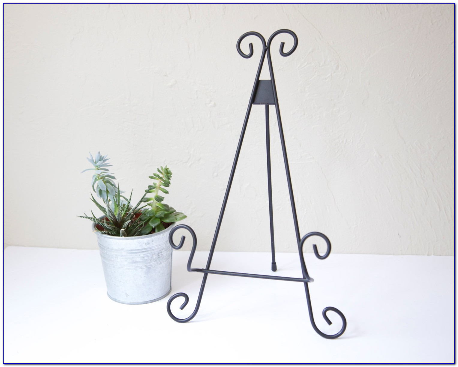 Metal Tabletop Display Easels