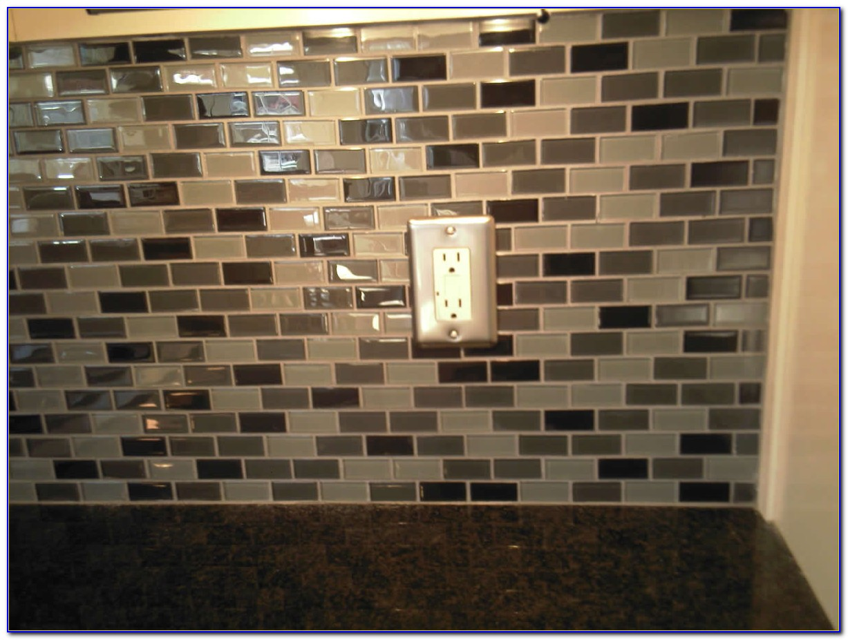 Tile Backsplash For Kitchens With Granite Countertops