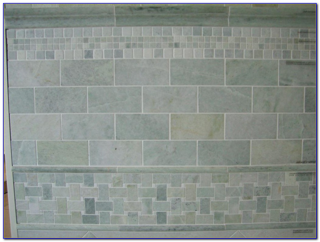 Tumbled Marble Subway Tile Backsplash Pattern