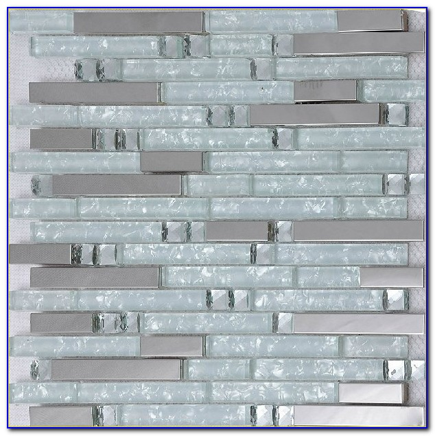 White And Gray Mosaic Tile Backsplash
