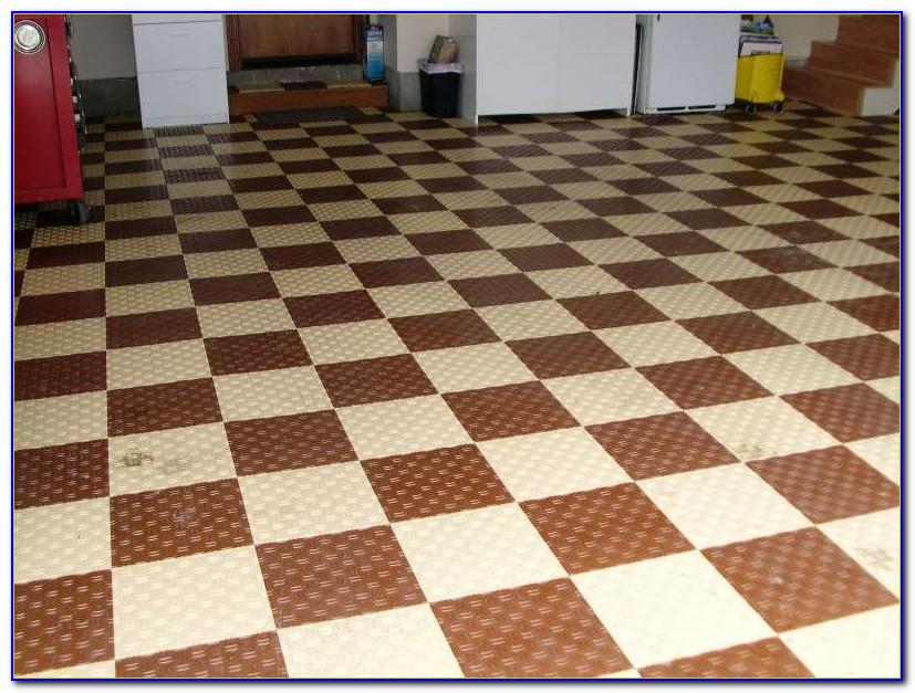 Interlocking Wood Grain Floor Tiles