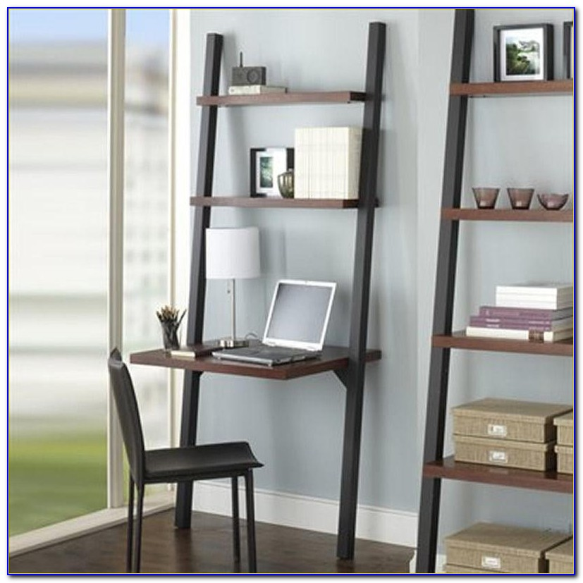 Leaning Desk With Bookshelves