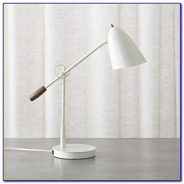 Table Lamp With Usb Charging Port