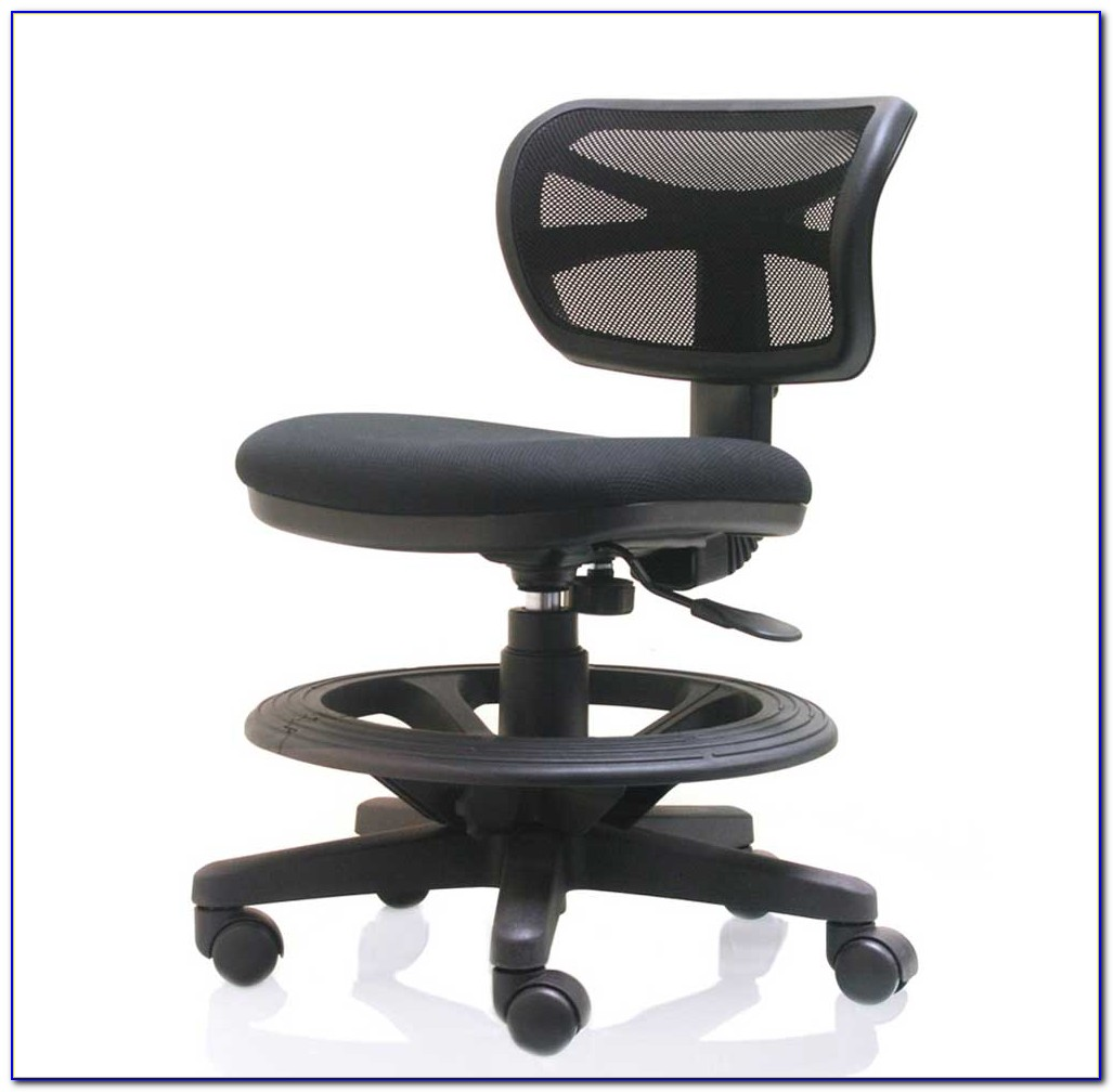 Ergonomic Desk And Chair Set Up