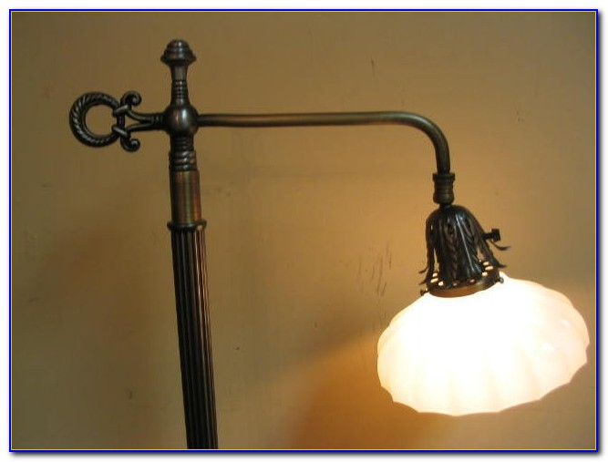Old Fashioned Brass Table Lamps