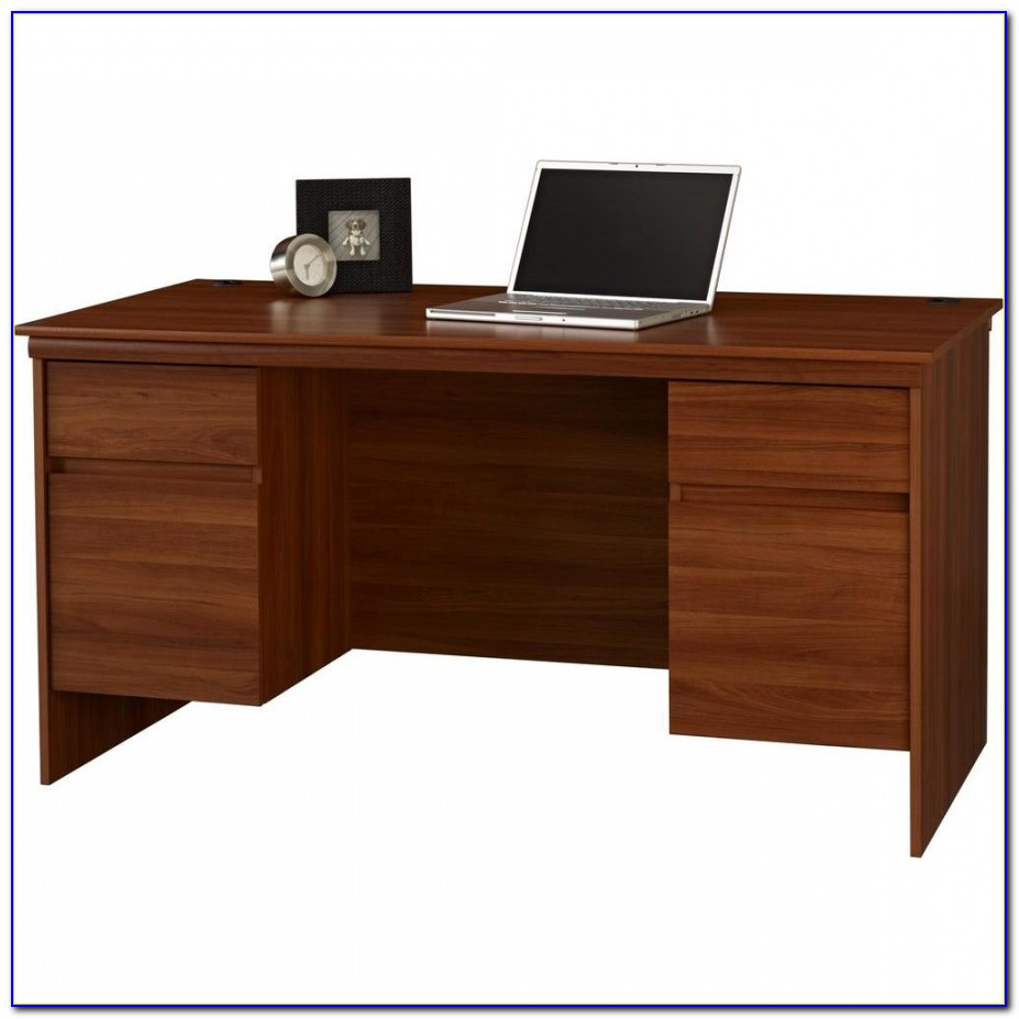 Staples Ameriwood Tiverton Executive Desk
