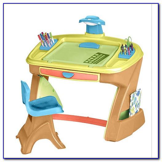 Toddler Desk And Easel