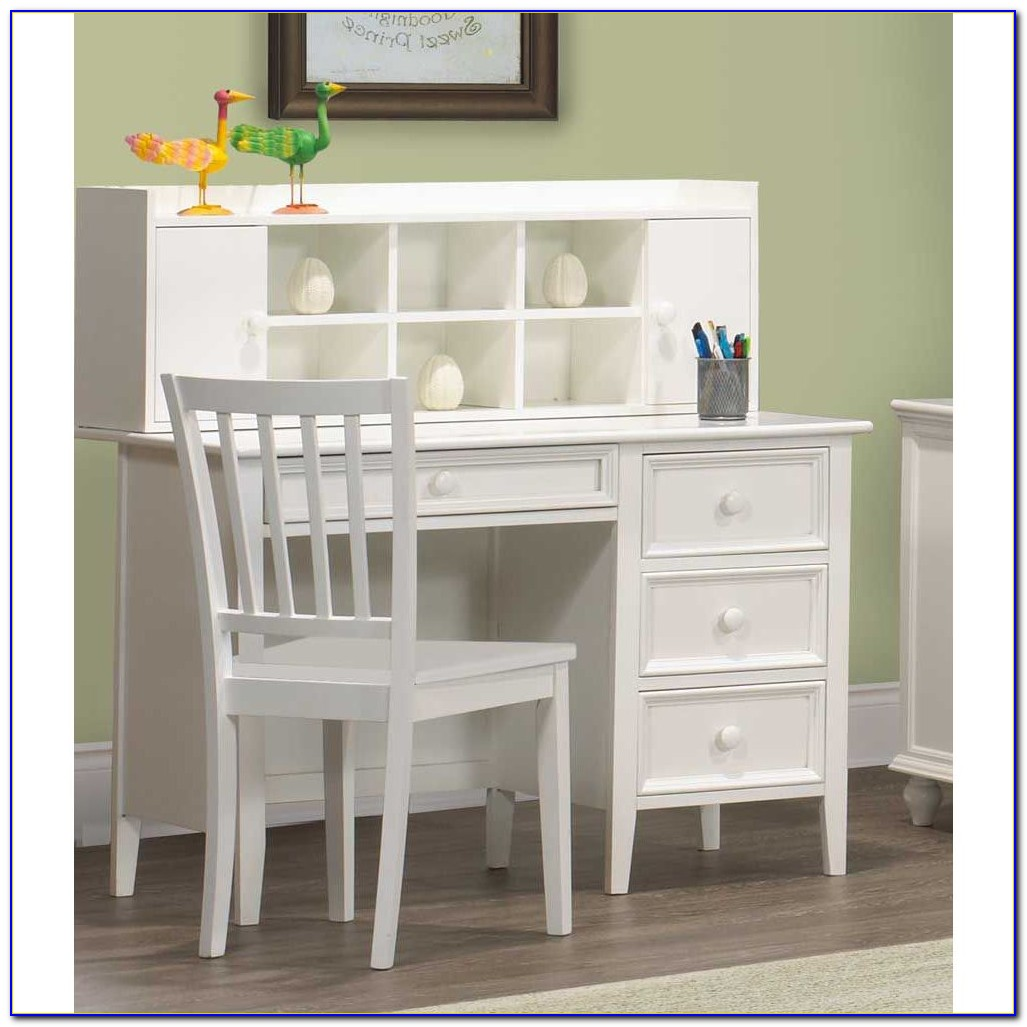White Girls Desk With Hutch