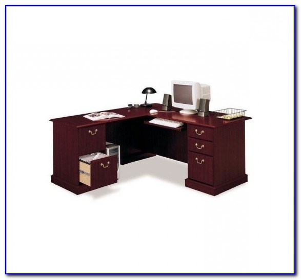 Bush Business Furniture Saratoga Executive Desk