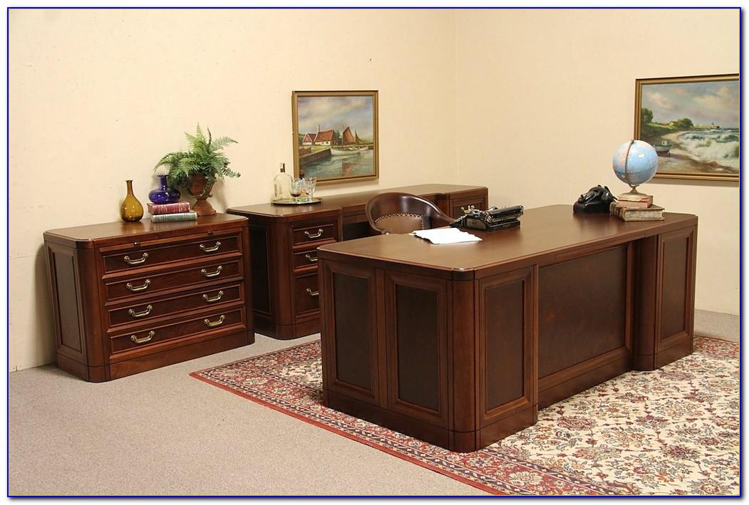 Executive Desk And Credenza Set