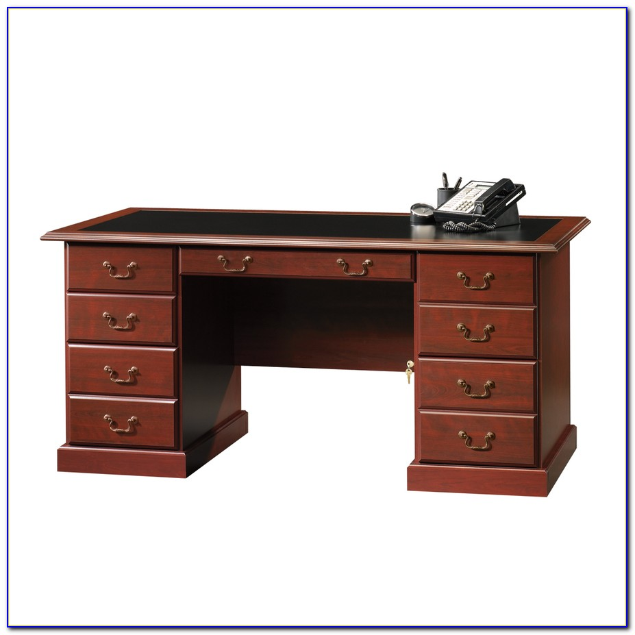Heritage Hill Executive Desk With Inlay Top