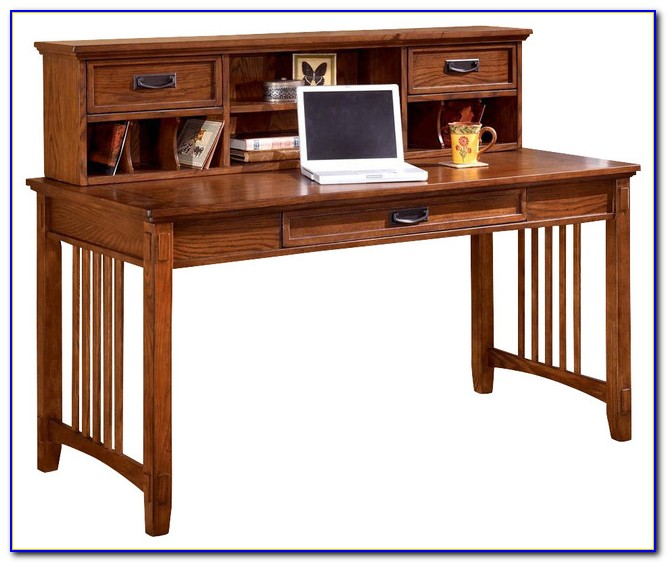 Mission Style Oak Desk With Hutch
