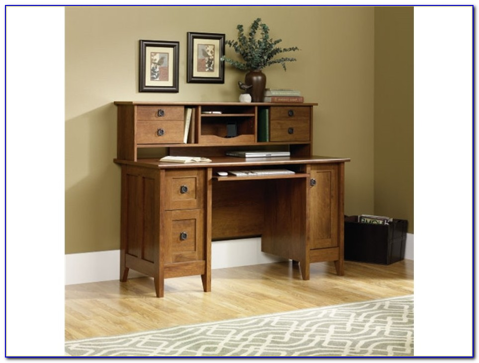 Wood Corner Computer Desk With Hutch