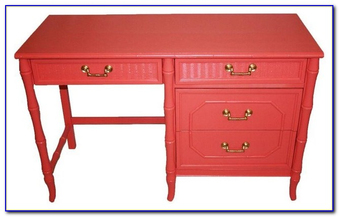 Broyhill Fontana Desk And Hutch