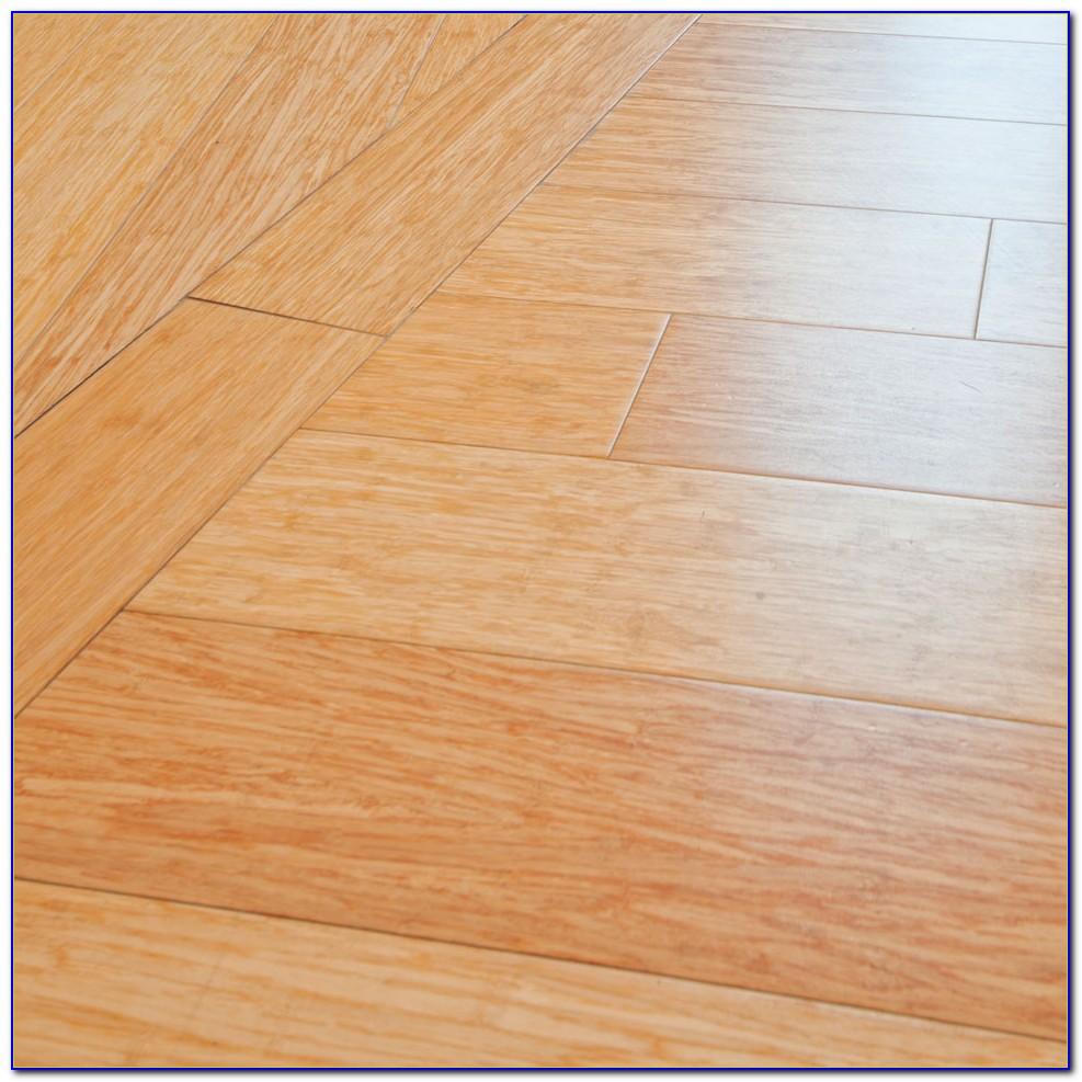 Commercial Grade Vinyl Flooring Tiles