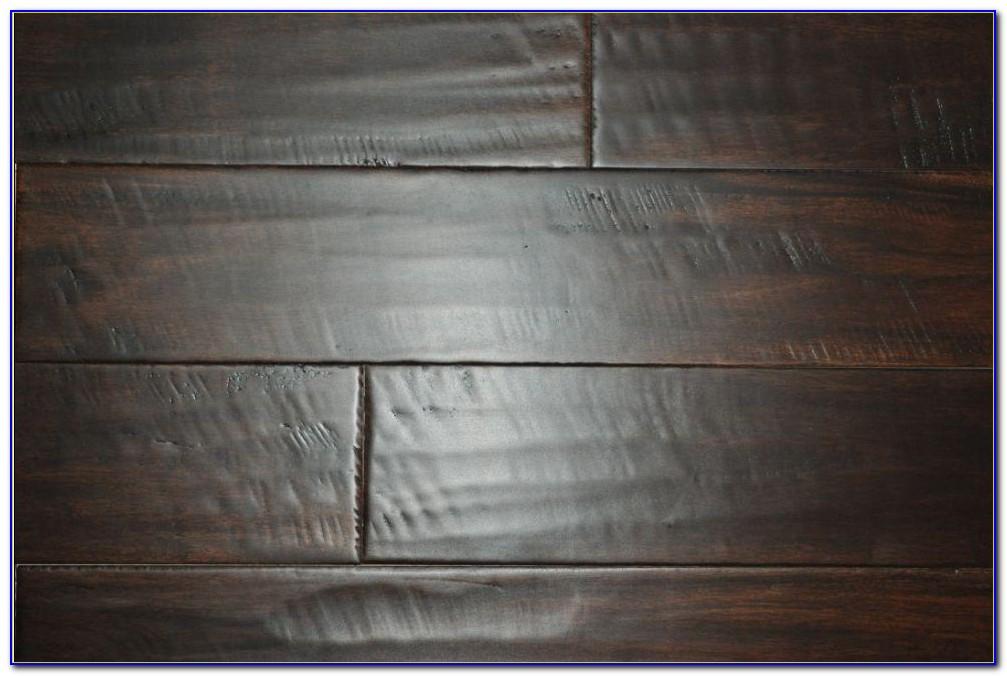 Honey Tiger Stripe Bamboo Flooring