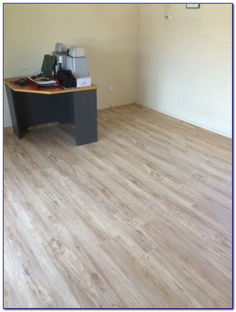 Loose Lay Vinyl Plank Flooring Installation
