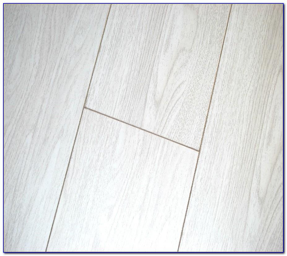White Oak Laminate Flooring 12mm