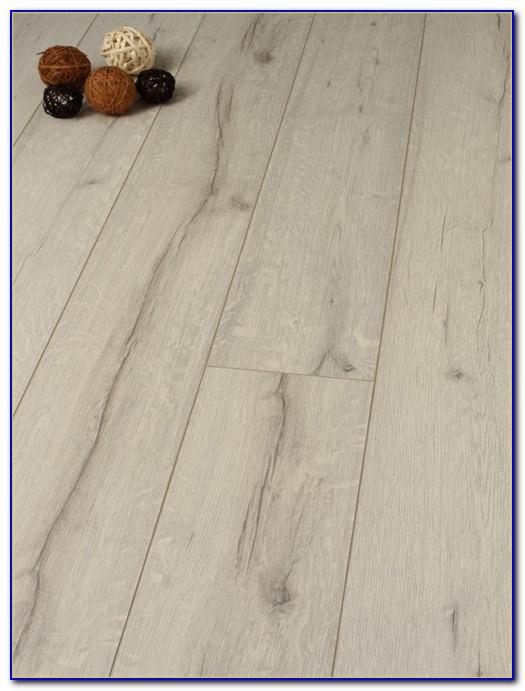 White Oak Laminate Flooring Canada