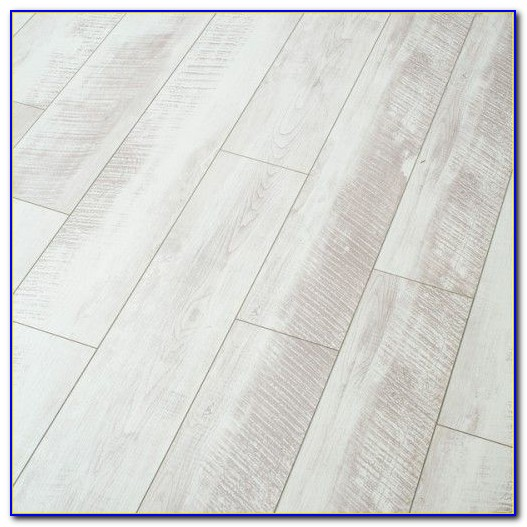 Whitewashed Oak Laminate Flooring