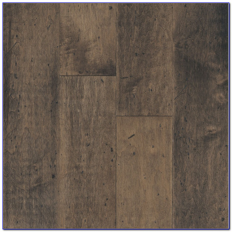 Bruce Engineered Wood Flooring Brazilian Cherry