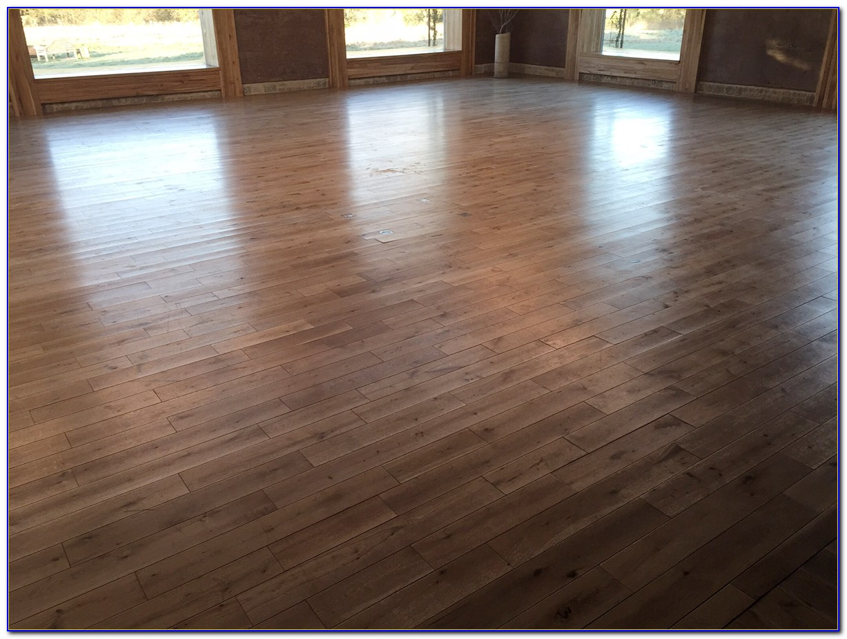 Deep Clean Wood Laminate Floors