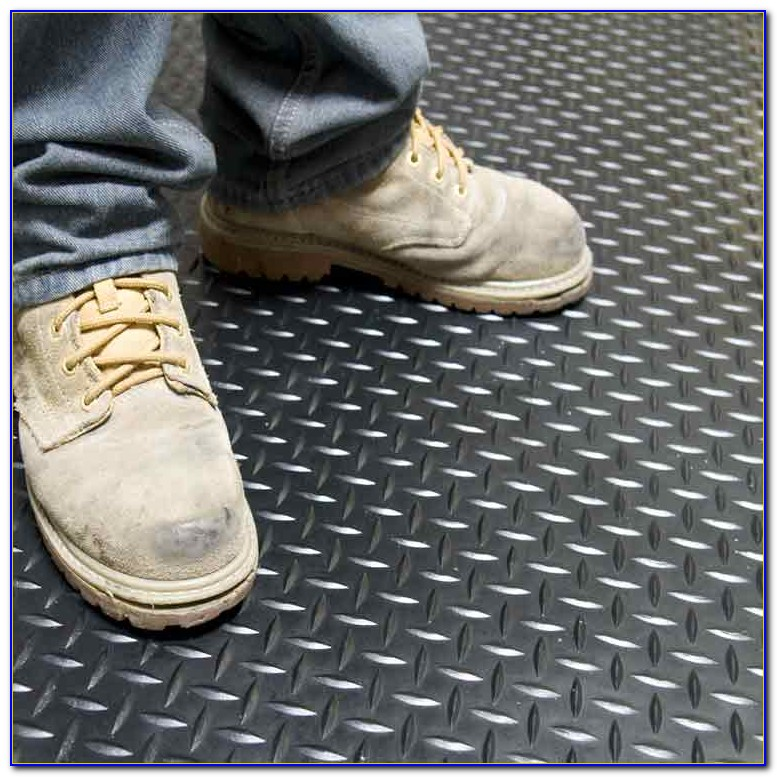 Diamond Plate Rubber Floor Tiles