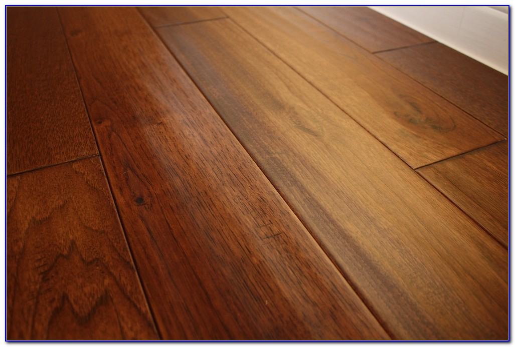 Hand Scraped Hickory Solid Wood Flooring