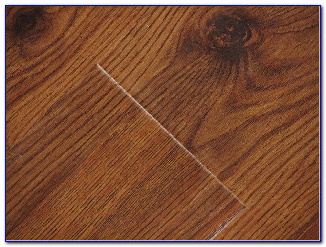 Harvest Oak Laminate Flooring 6mm