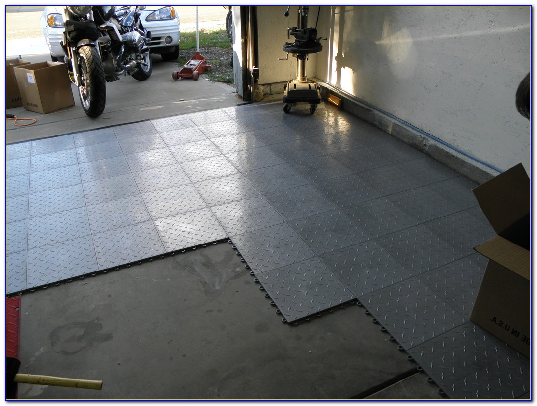 Self Adhesive Vinyl Garage Floor Tiles