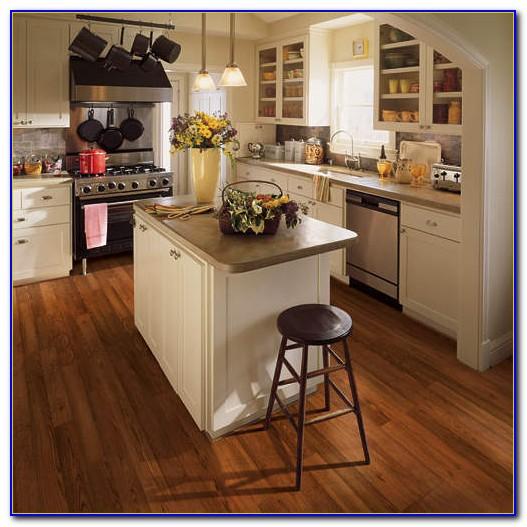 Traditional Living Premium Laminate Flooring Handscraped Oak