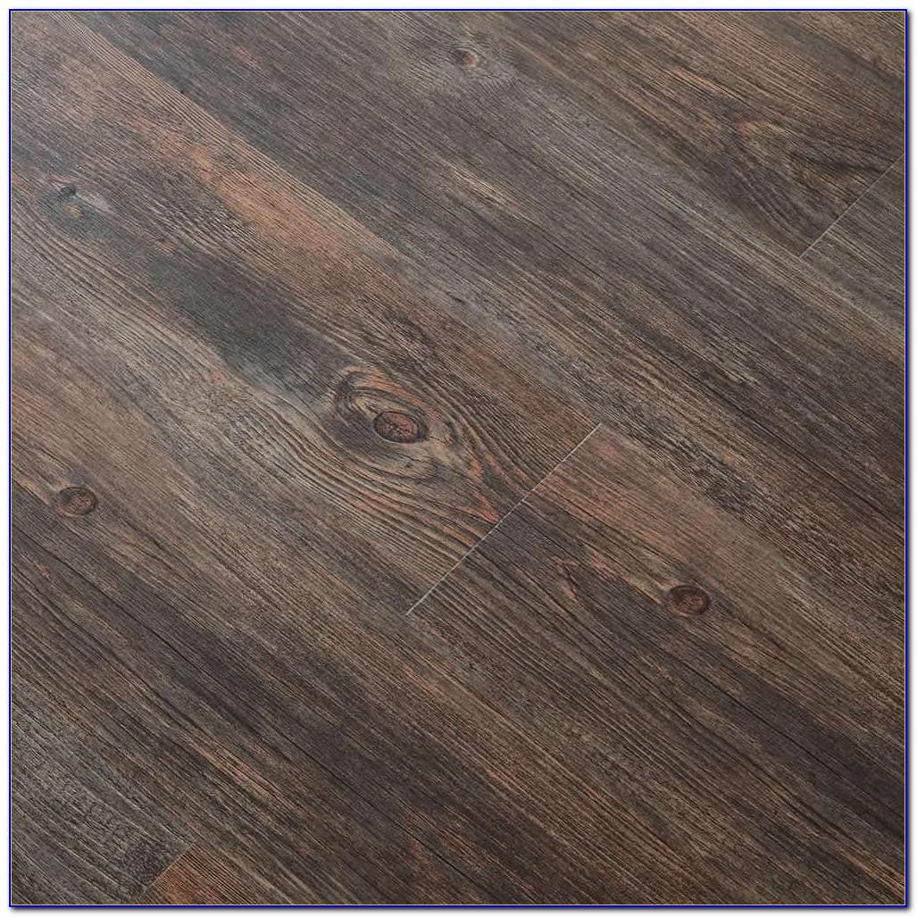 Vesdura Vinyl Plank Flooring Installation