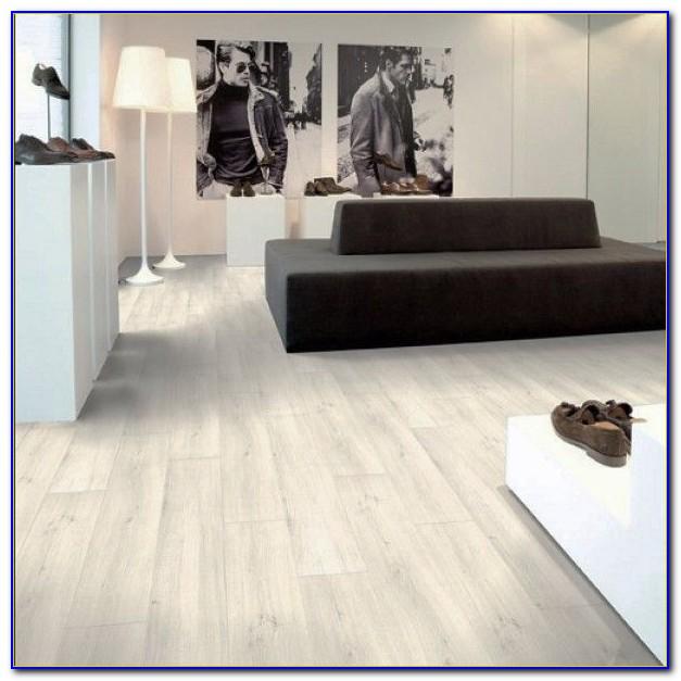 Waterproof Wood Effect Laminate Flooring