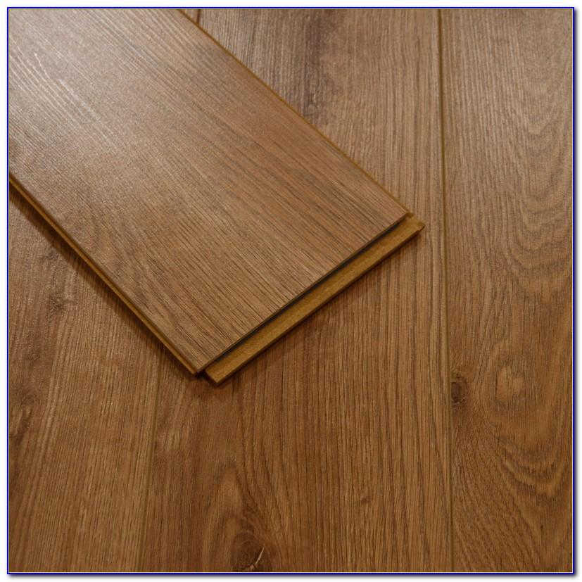 Best Cordless Stick Vacuum Cleaner For Hardwood Floors