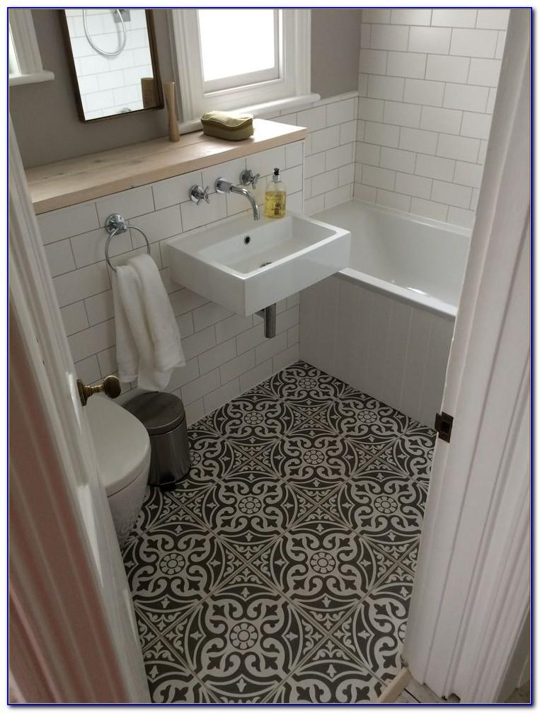 Best Floor Tile Pattern For Small Bathroom