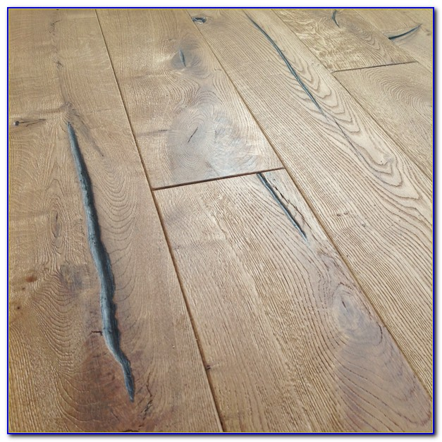 Distressed Hickory Engineered Hardwood Flooring