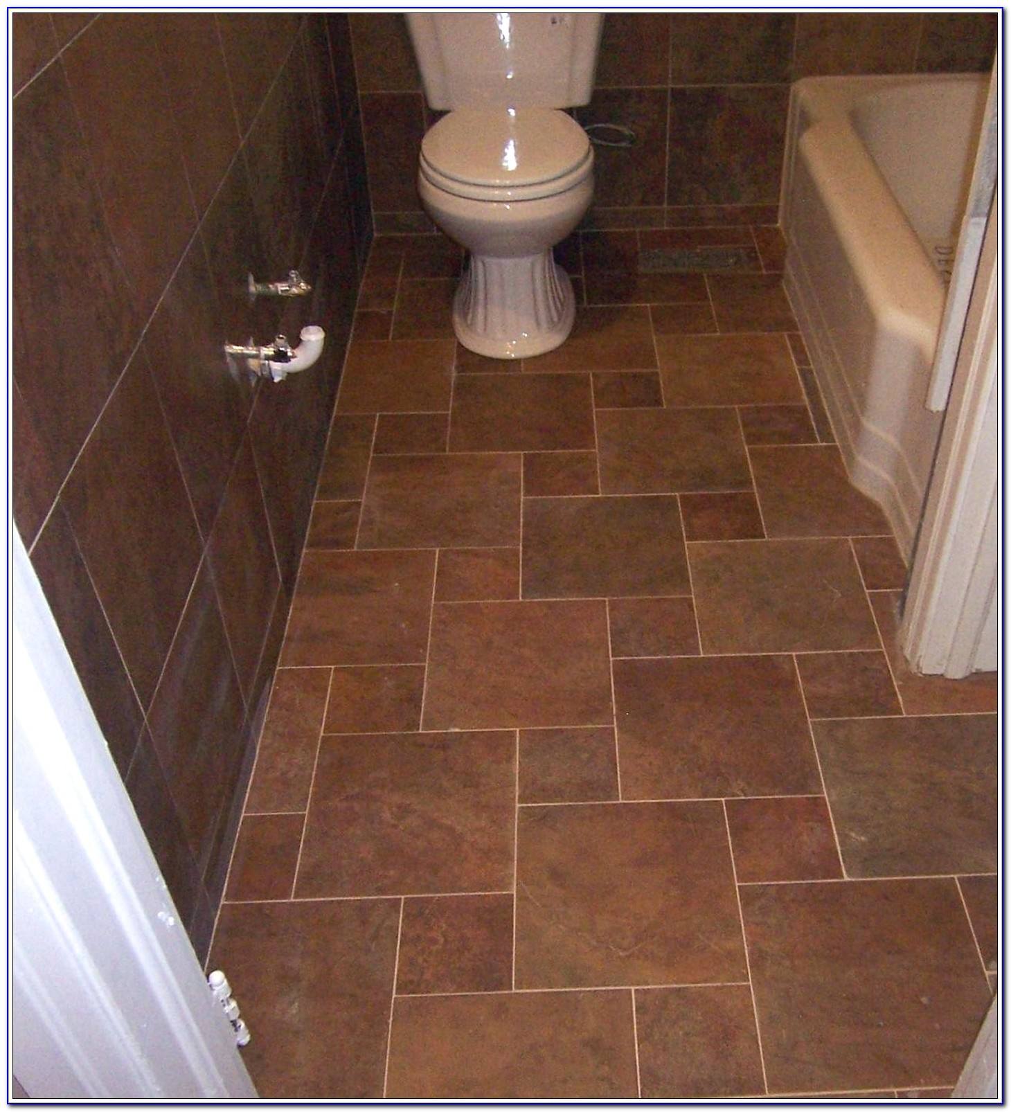 Floor Tile Patterns For Small Bathroom