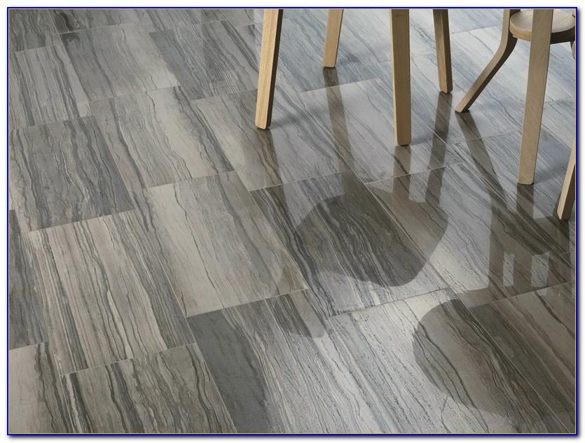 Floor Tile That Looks Like Wood In Bathroom