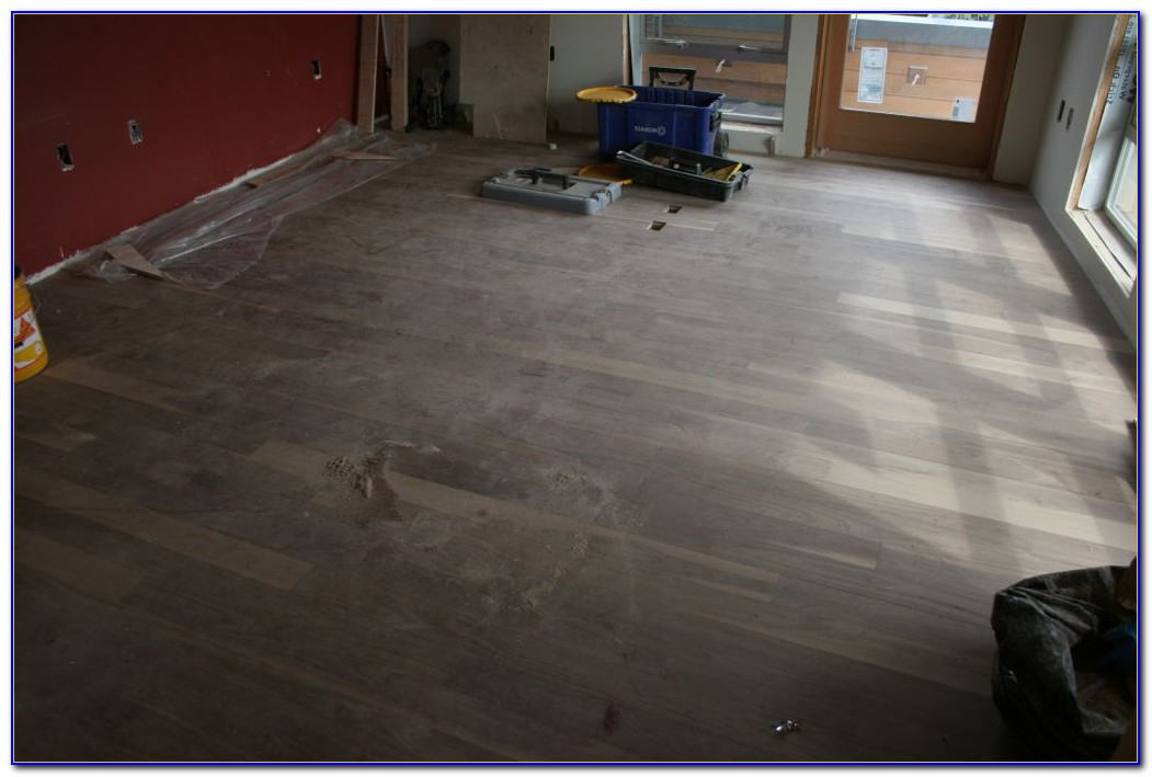 Glue Down Engineered Hardwood Flooring Vs. Floating
