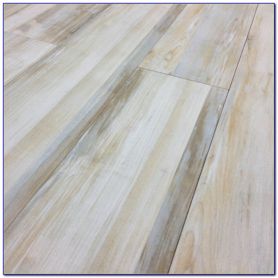 Kitchen Floor Tile Looks Like Wood