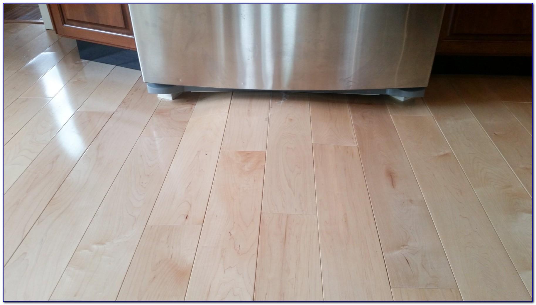 Laminate Flooring Water Damage Mold