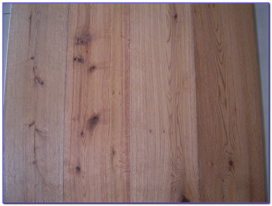 Rustic Hickory Engineered Wood Flooring