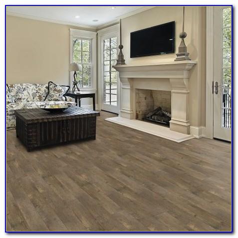Select Surfaces Click Laminate Flooring Barnwood