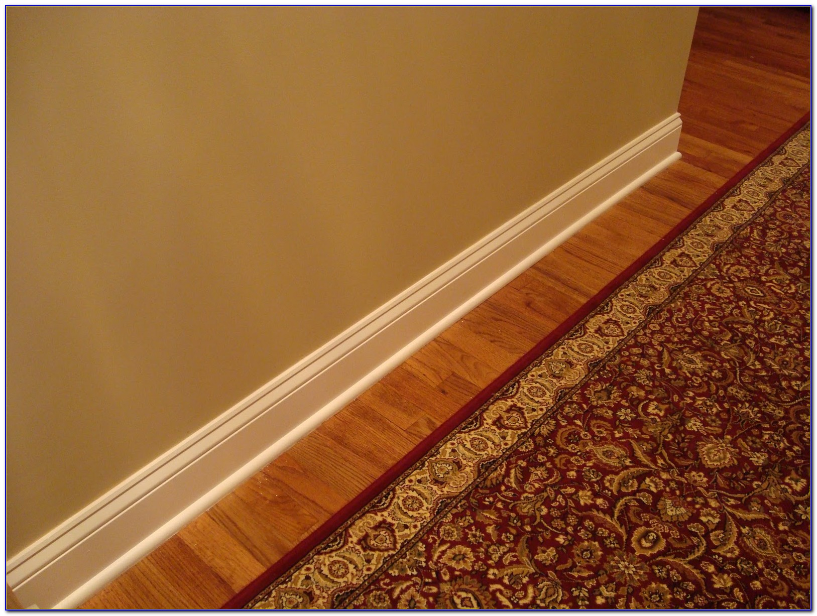 Wood Floor Shoe Molding