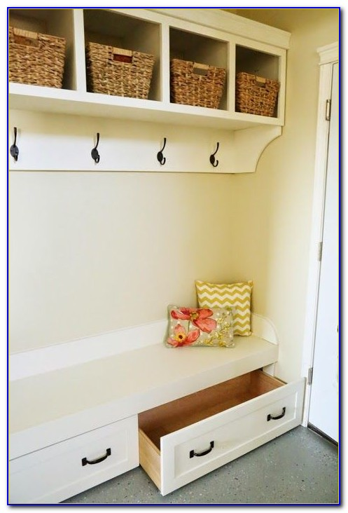 Diy Mudroom Bench Lockers