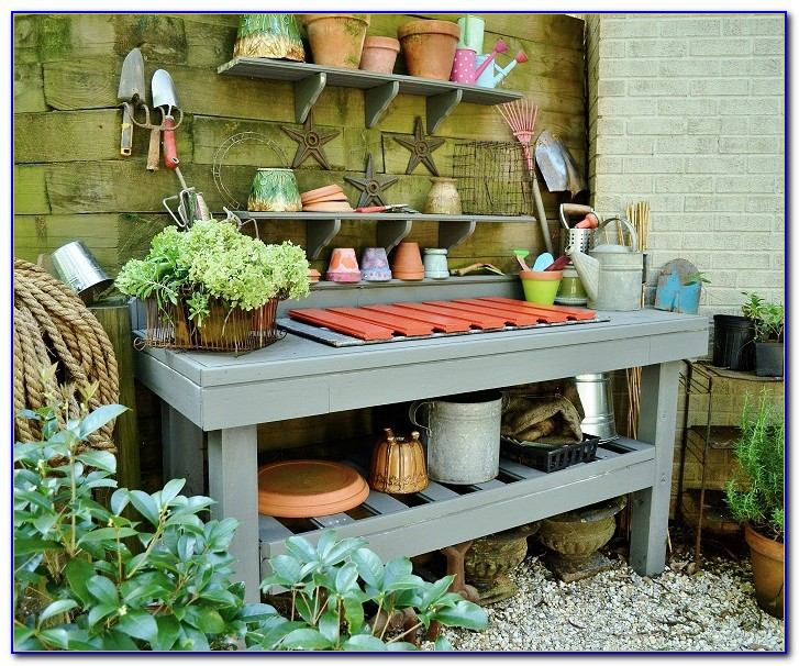 Potting Bench Built From Pallets