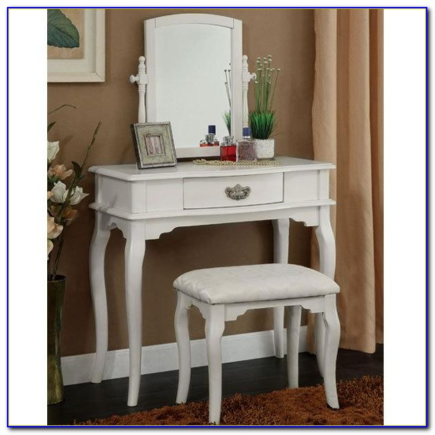 Princess Vanity Set With Mirror And Bench